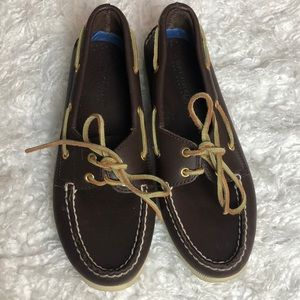 ⛵️ brown leather sperry top siders